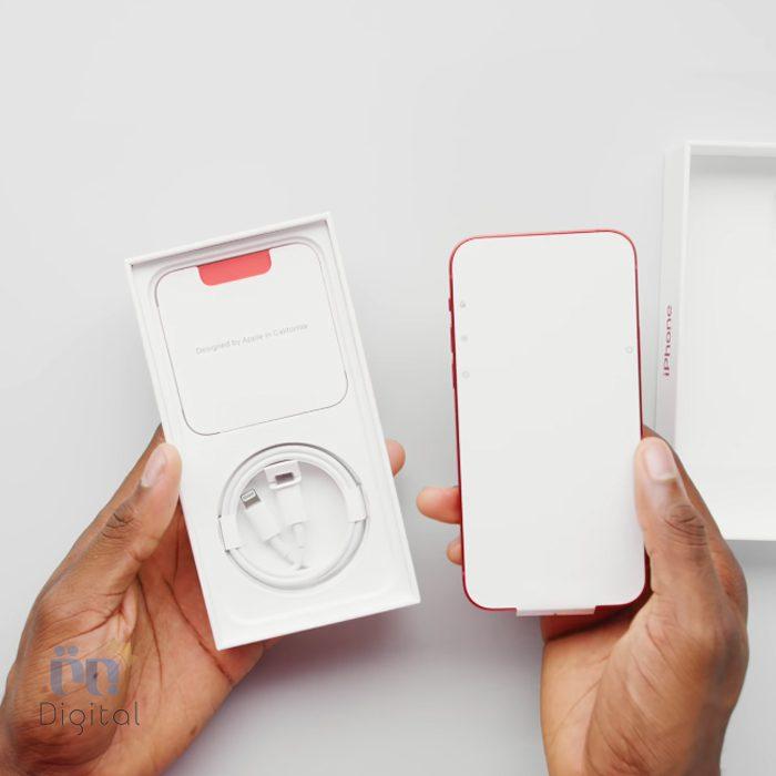 آنباکسینگ iPhone 12